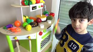 Video Learn Fruits and Vegetables For Children, Toddlers and Babies   Velcro Toy Cutting for Kids MP3, 3GP, MP4, WEBM, AVI, FLV Oktober 2017