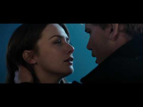Preview Trailer Fallen, trailer italiano