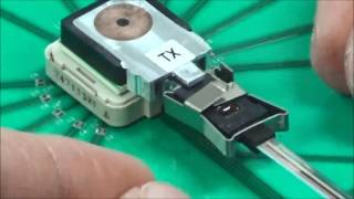 Installing the MicroClip (Close-up)