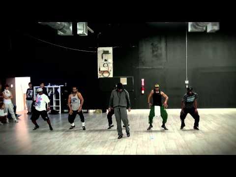 Mashup del Gangnam Style con musica de los 80