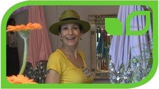 Sabine und ihre vielen Chelsea-Hüte