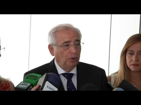 Los candidatos electos del PP de Melilla recogen sus credenciales.