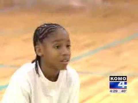 11歲的小孩子真的是籃球天才!一定是NBA下一個喬丹傳奇!