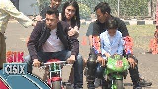 Video Ayu Ting Ting Takut Nih Dibonceng Motor Sama Raffi Ahmad  - Sik Asix (18/11) MP3, 3GP, MP4, WEBM, AVI, FLV November 2017