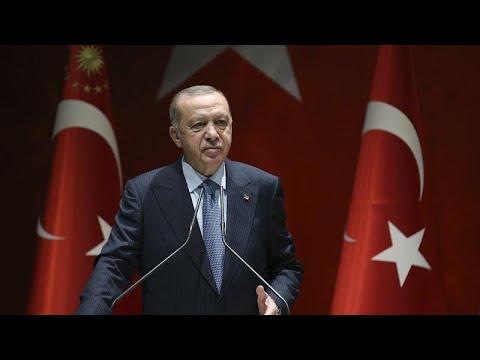 Ερντογάν: «Παραχαϊδεμένες Ελλάδα και Κύπρος»