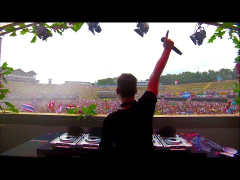 FULL HD - Dyro live at Tomorrowland 2014 I want to thank all my fans for the amazing support this year! If over the past 12 months I have wowed your festival experience, heightened your club going adventures...