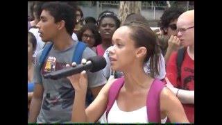 Alunos e funcionários de Universidade Estadual do Rio de Janeiro fazem ato nesta segunda-feira (07) após a decisão de greve. Eles pedem melhores ...