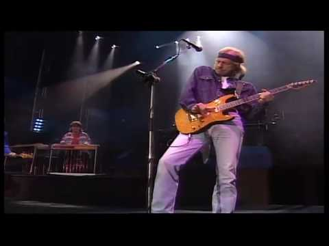 Dire Straits – Calling Elvis LIVE (On the Night, 1993) HD