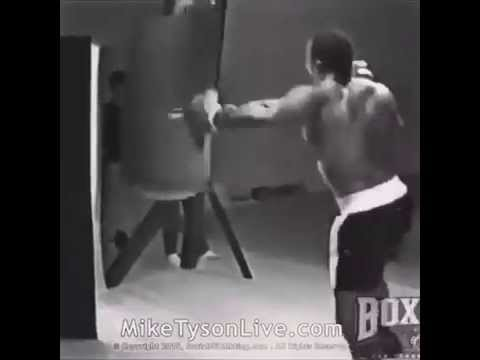 Mike Tyson's practice punches were terrifying