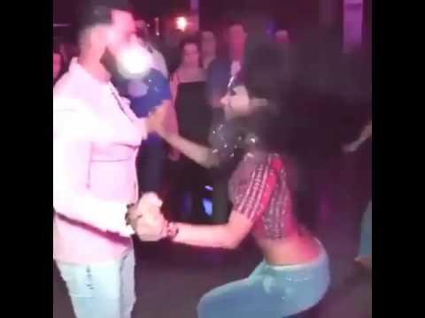 Süper göbek ve kalça dansı (видео)