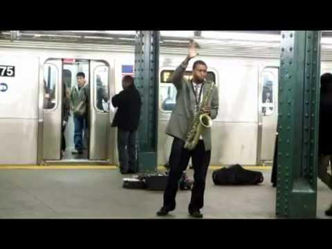 中華民國國歌征服紐約!黑人樂手地鐵演奏超好聽!