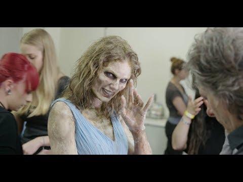 Look What You Made Me Do - Zombie Transformation - Thời lượng: 5 phút và 31 giây.