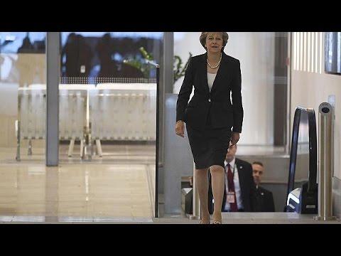 Brexit: Όρισε το χρονοδιάγραμμα του διαζυγίου με την Ε.Ε. η Τερέζα Μέι