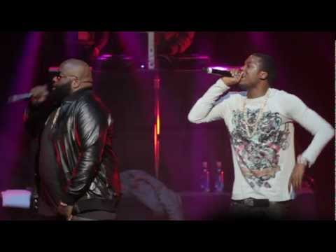 "Meek Mill & Rick Ross Perform ""Imma Boss"" At Sold Out Cali Christmas 2012"