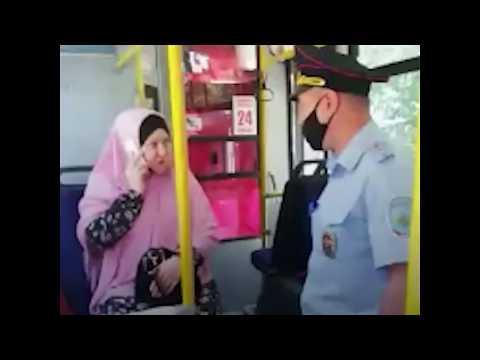 Сибирячка закатила истерику в автобусе из-за требования надеть маску (и ударила полицейских)