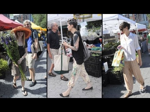 TheNewYorkTimes - In the Union Square Greenmarket, where many just pull on shorts and a T-shirt, some still make an effort. Please visit http://nyti.ms/15CEHFA in order to emb...
