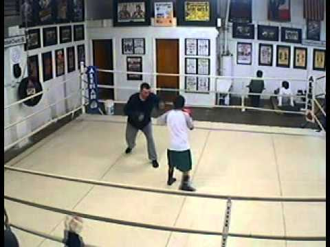 2011.01.12 ABF Gym 7.03pm Mitt work, Jett & coach (видео)