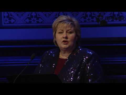 Statsminister Erna Solberg taler om Guds nåde