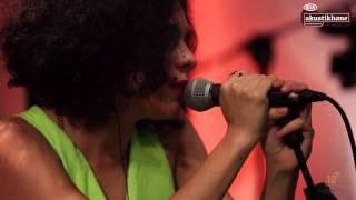 Yasemin Mori - Muşta / #akustikhane #GarajKonserleri