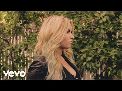 Demi Lovato - Never Been Hurt lyrics