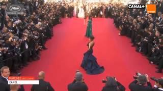 Video Aishwarya Rai Bachchan At Cannes Film Festival 2015 MP3, 3GP, MP4, WEBM, AVI, FLV Juli 2017