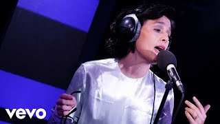 Jessie Ware - Young Dumb & Broke (Khalid cover) in the Live Lounge