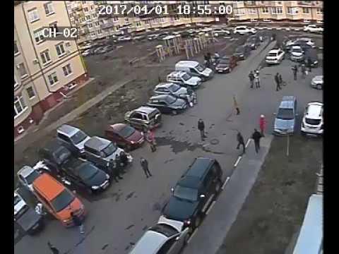 Вот как дедушка паркуется