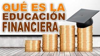 Como utilizar la EDUCACIÓN FINANCIERA para ser RICO y lograr la LIBERTAD FINANCIERA lo mas pronto posible, bien explicado y solo para GANADORES (Como ser RICO).Una de las razones más importantes por la que la mayoría de las personas no logra resultados financieros importantes es porque carecen de EDUCACIÓN FINANCIERA, y la razón es muy sencilla: el dinero, los negocios y la economía se mueven a través de leyes, es decir, el juego de la economía se mueve a través de leyes y normas, lo que hace que sea prácticamente imposible prosperar si se desconocen estas leyes y estas normas.  Esto sería igual a intentar jugar un partido de fútbol o una partida de ajedrez desconociendo las normas que se utilizan en esos juegos: se cometerían errores tontos que de entrada nos harían perder el juego o la partida.  La EDUCACIÓN FINANCIERA nos permite conocer las leyes del juego del dinero y la economía, y conocer esas leyes nos permiten aprender cómo se juega el juego de la economía, identificar oportunidades y por lo tanto beneficiarnos de la economía.  Todos necesitamos el dinero para comprar, para gastar, para invertir, para vivir y para sobrevivir, y a pesar de que todos necesitan el dinero, casi todos desconocen cómo se juega el juego del dinero.  Es imposible ganar sumas importantes de dinero, invertirlo y multiplicarlo si se desconocen estas normas, por lo tanto lograr la LIBERTAD FINANCIERA se hace cuesta arriba o prácticamente imposible cuando se carece de EDUCACIÓN FINANCIERA y por lo tanto nuestro nivel de INTELIGENCIA FINANCIERA es muy bajo.  Por lo tanto, no importa si eres médico, abogado, arquitecto o contador, si careces de EDUCACIÓN FINANCIERA no sabrás como hacer negocios, invertir, emprender, identificar oportunidades, crecer y multiplicar el dinero y en general todas aquellas cosas que te pueden ofrecer libertad financiera, riqueza y prosperidad.// SUMMER CAMP IBIZA 2018 //▶▶▶▶https://goo.gl/E8Ye2qEl SUMMER CAMP es un programa de entrenamiento personal de 5 días d