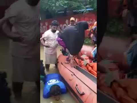 Kerala Floods: Heart Warming Video Of Rescuers