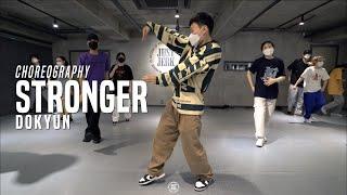 "Dokyun Dancing Training Class – ""Stronger – Kanye West"" @ JustJerk Dance Academy"