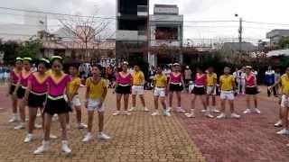 DÂN VŨ CON CÀO CAO - RỬA TAY (THCS HÙNG VƯƠNG)19-02-2014