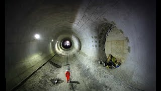 Sit back and watch mesmerising footage of a drone flying through the Crossrail tunnels under London. Footage courtesy of CrossrailThis video was first release on the BBC Future website. You can check out more here http://www.bbc.com/futureSubscribe for more awesome science - http://www.youtube.com/subscription_center?add_user=HeadsqueezeTVhttp://www.youtube.com/user/HeadsqueezeTV