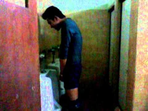 ผู้ชายอาบน้ำ - วิดีโอนี้อัปโหลดจากโทรศัพท์ที่ใช้ Android.