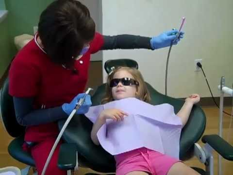 dentist - See a 3 year old's first visit to the dentist!