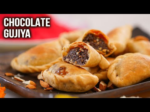 How To Make Chocolate Gujiya in Microwave | Chocolate Gujiya Recipe | Holi Special Recipe | Varun