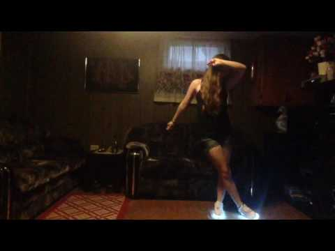 Footwork dancing/House with LED Simulation shoes