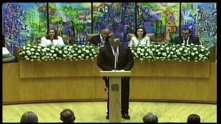 O Presidente do Governo dos Açores afirmou hoje, na Horta, que, em relação à Autonomia Regional, não