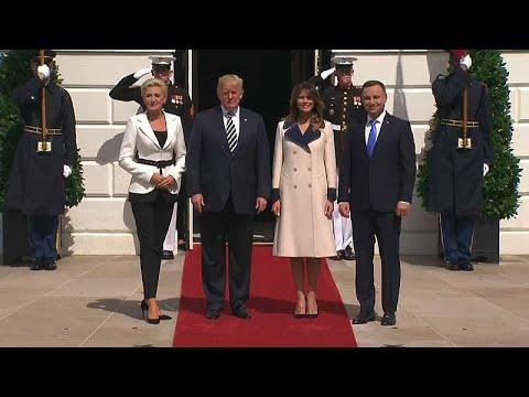 Τραμπ: «Πιθανή» μια μόνιμη αμερικανική στρατιωτική βάση στην Πολωνία …