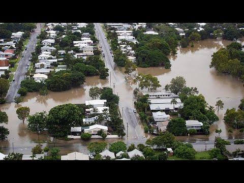 Αυστραλία: Κροκόδειλοι στους δρόμους μετά τις πλημμύρες…