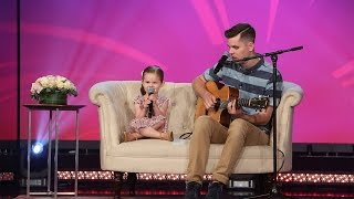 Video 4-Year-old Claire and Her Dad Perform 'You'll Be in My Heart' MP3, 3GP, MP4, WEBM, AVI, FLV Desember 2018