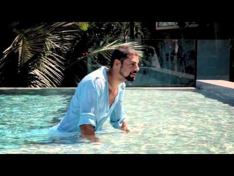 Cauã Reymond, sexy en una campaña publicitaria