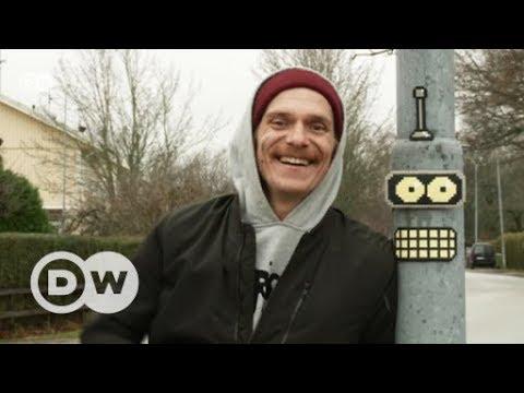 Pixel-Art aus Bügelperlen | DW Deutsch