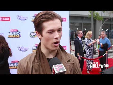 Leo Howard talks hairstyles and last season of Kickin It