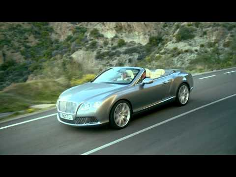 worldcarfans - Bentley has unveiled the new 2012 Continental GTC facelift. The Cabrio variant of the Continental GT comes with a 6.0 liter W12 twin-turbocharged engine prod...
