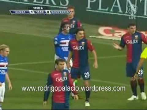 Palacio en el 3 a 0 del Genoa 3 al Sampdoria