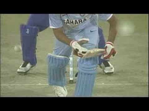 Rare video - Mahela Jayawardene batting on Test debut