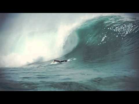 the master teaser - It's that time of the year again, when the best surfers in the world meet the best wave in the world. Get ready for the 2012 Billabong Pipeline Masters in Me...