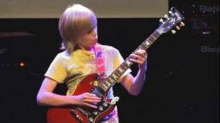 náhledový obrázek důkazu Vystoupení s kytarou