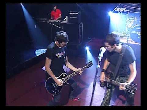 Attaque 77 video Buenos Aires en llamas - CM Vivo mayo 2007