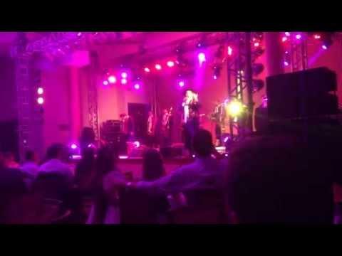 Cuando llora mi guitarra - Chaqueño Palavecino - Show em Flores da Cunha, RS, Brasil - 29/11/2014